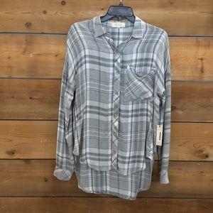 NWT BELLA DAHL drip shoulder button down shirt
